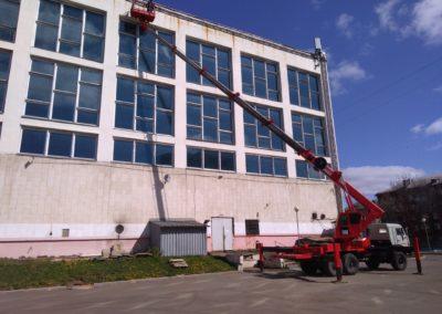 Аренда автовышки 45 метров hansin HS4570 на базе КамАЗа вездехода в Ярославле